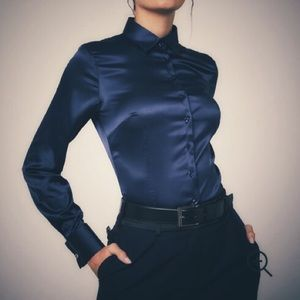 Loft fitted blue satin button up blouse